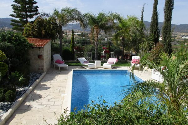 4 Bedroom Detached House for Sale in Parekklisia, Limassol