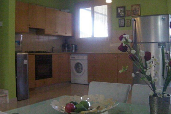 2 + 1 Bedroom Maisonette for Sale in Columbia area of Limassol