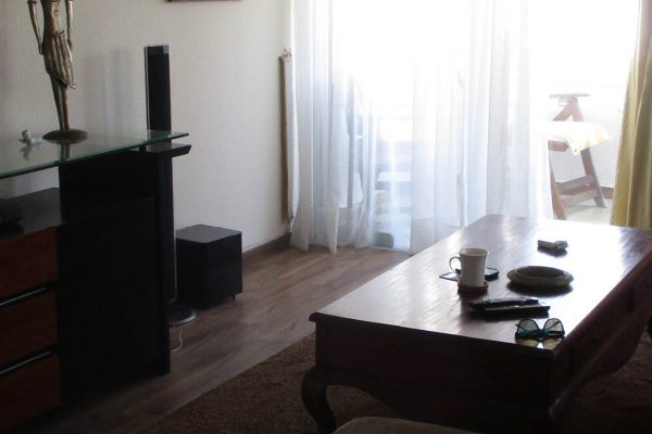 3 Bedroom Apartment for Short Term Rent in Neapolis, Limassol