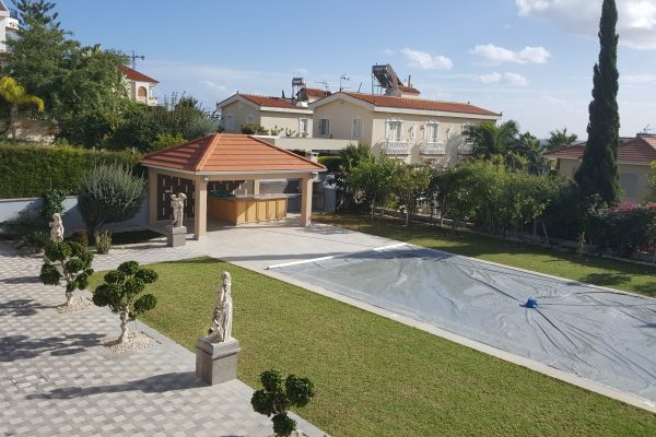 4+2 Bedroom Villa for Sale in Kalogiri area, Limassol