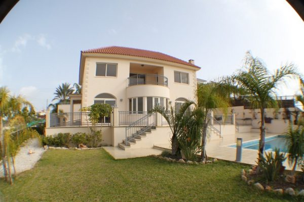 5 Bedroom Luxury Villa with Panoramic Views for rent in Mesovounia, Limassol