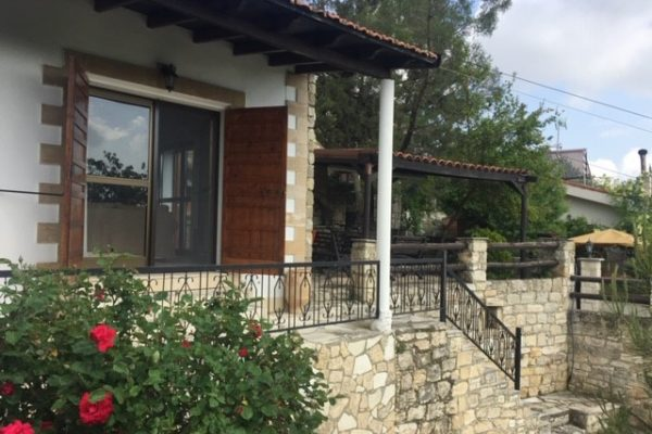 2 Bedroom Traditional House for Sale in Arsos Village, Limassol