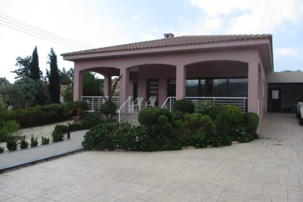 3+1 Bedroom Detached House for Sale in Vasa, Asgata Village, Limassol