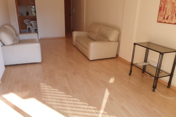 2 Bedroom Apartment for rent in Potamos Germasogeia - Papas Supermarket