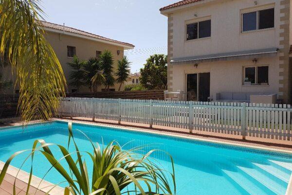 3 Bedroom House for Sale in Parekklisia Village, Limassol