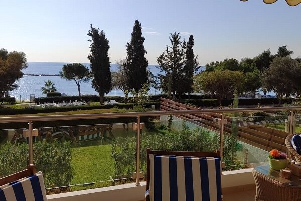 5 Bedroom Apartment Directly on the Seafront for Sale, Ag. Tychonas, Limassol