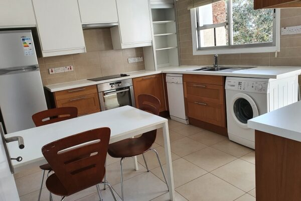2 Bedroom Unfurnished Apartment for rent in Agia Zoni, Limassol
